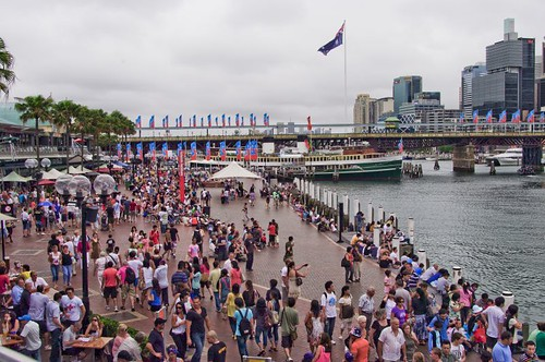 People flock to Darling Harbour for Australia Day 2009 by you.