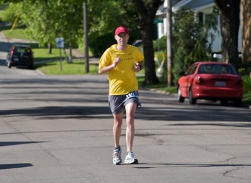 Rob at mile 14 of Rockford Marathon