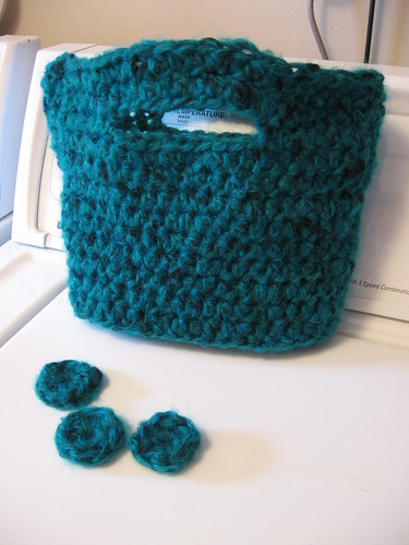 turquoise bag before felting