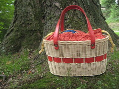 :Little red purse: