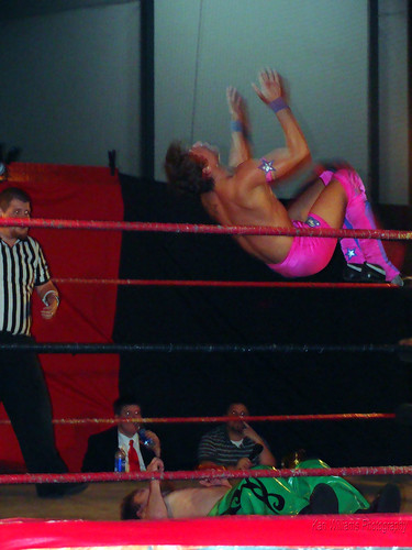Mike Sydal's highflying offense led him to victory against Shamus O' Flannery. Photo by Kari Williams
