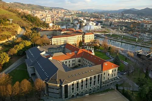 Facultad de Ingeniería de la Universidad de Deusto (Fuente: http://www.flickr.com/photos/deusto/page3/)