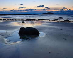 """Dusk over Craigleith • <a style=""""font-size:0.8em;"""" href=""""http://www.flickr.com/photos/26440756@N06/3605602578/"""" target=""""_blank"""">View on Flickr</a>"""