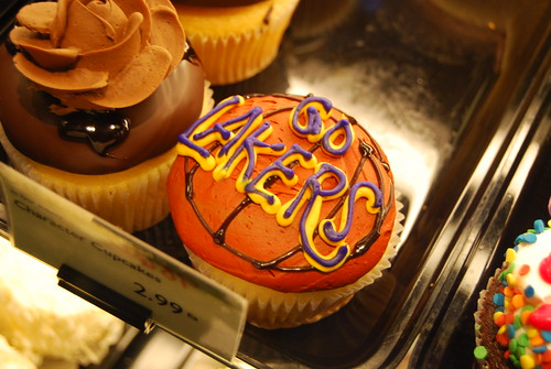 Bristol Farms, Valencia - Lakers Cupcake by you.