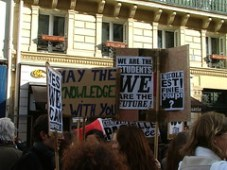 Pancartes de Charles V - Manifestation Parisienne