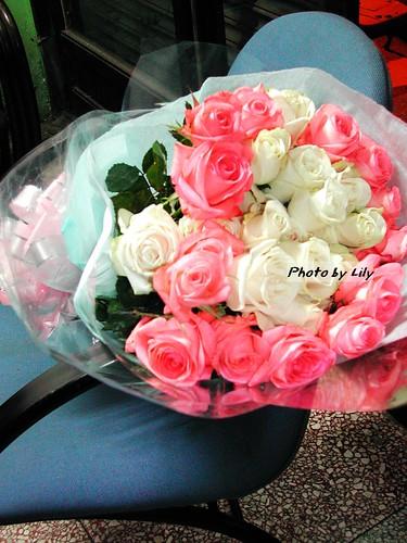 2001年的情人節玫瑰花。