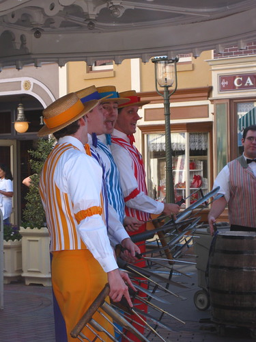 Because most of the attractions are under construction, they seem to be relying more heavily upon the street performers and characters.