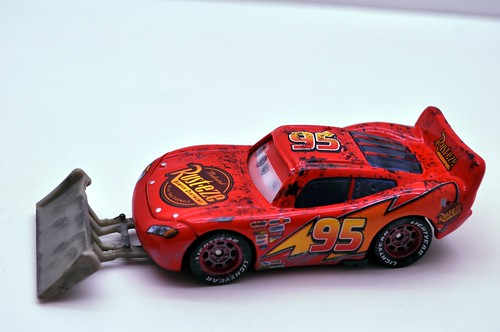 disney cars lightning mcqueen with shovel (4)