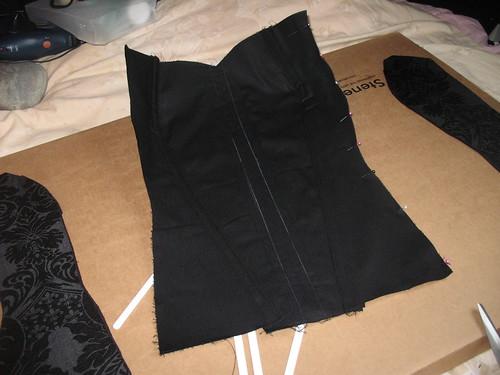 making a corset 24