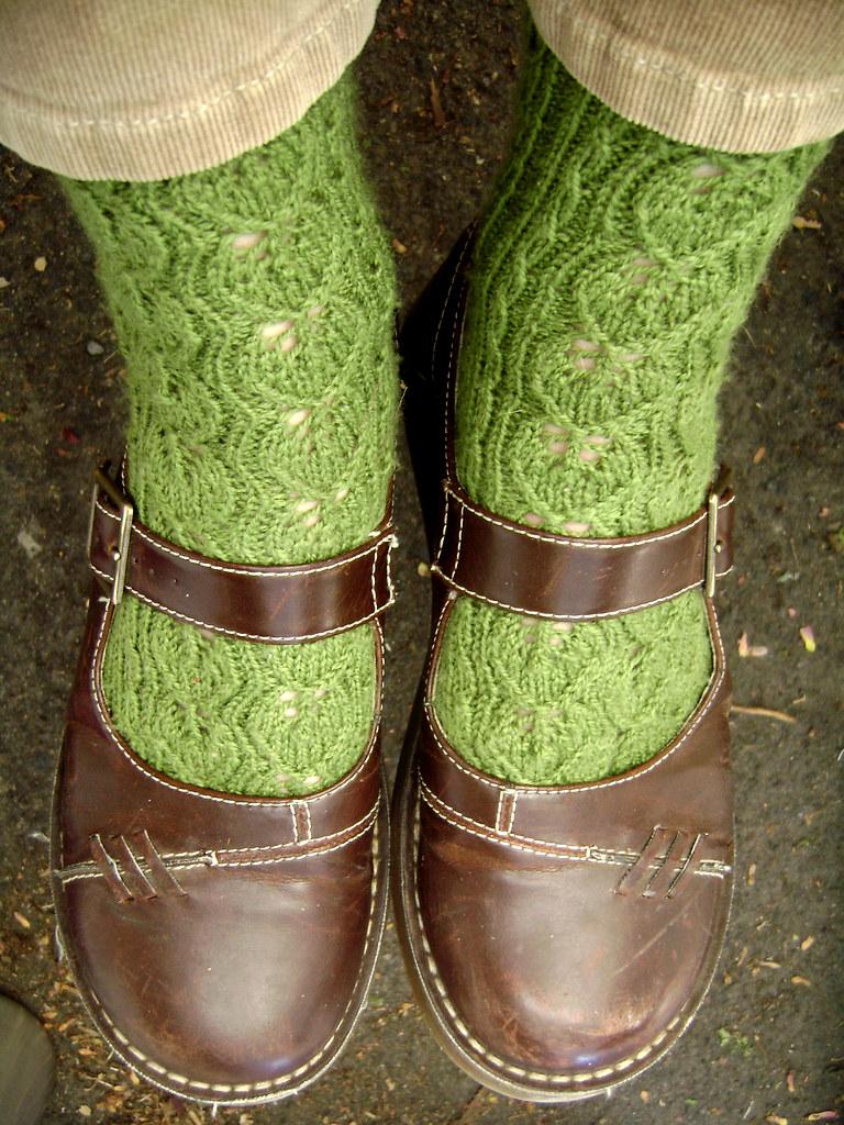 green leaf socks