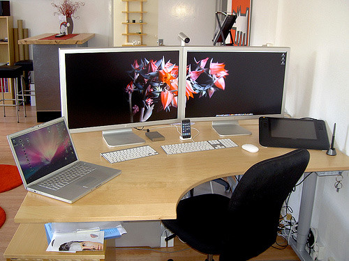 50 Greatest Computer Workstation (PC/Mac) Setups