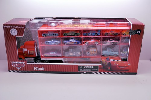 Disney Resort CARS Carrier exclusive (1)
