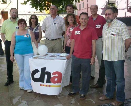 Martínez Tomey (CHA), de campaña en Huesca