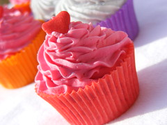 Cupcake Soap (Passionfruit Guava WHipped CP)