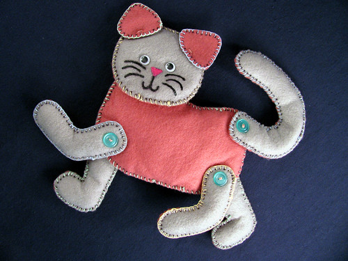 Learn-to-Sew-Kitty