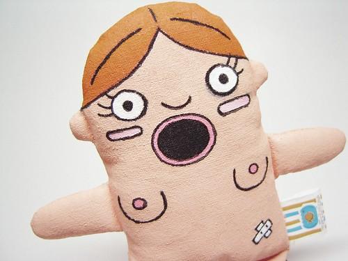 Mini-mi Cibele hotboc e seu olhar penetrante
