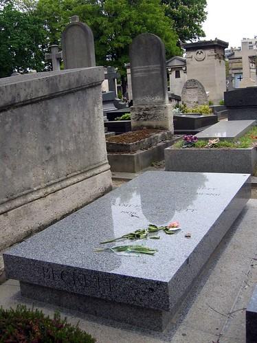 Grave of Samuel Beckett.