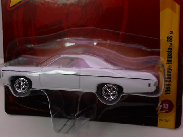 johnny lightning 1969 chevy impala ss (2)