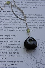 onyx and peridot lariat.jpg