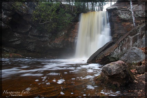 Hungarian Falls - Middle