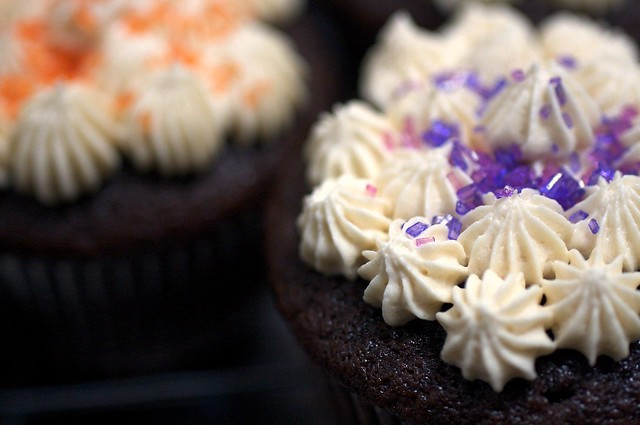 chocolate whiskey and beer cupcakes – smitten kitchen