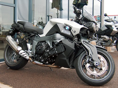 La BMW K1300R (Jano2106 via Flickr)