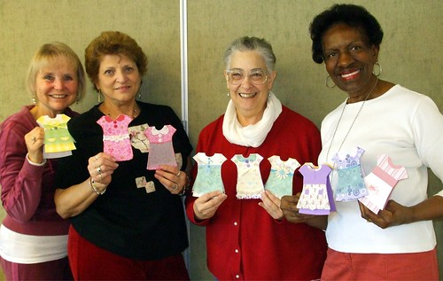 Karen Kalsman, Sandra Preece, Shelah Harris, and Ida Magitt show off their own sweet spring dresses!