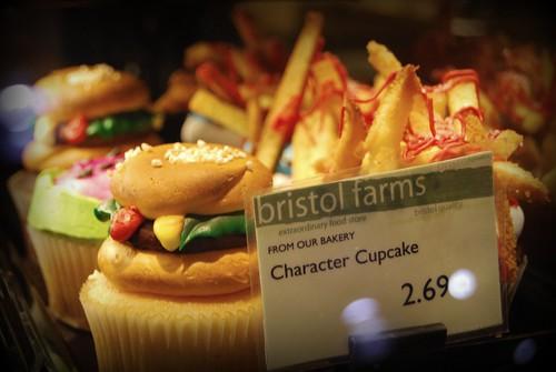 Bristol Farms, Valencia - Hamburger + French Fry Cupcakes by you.