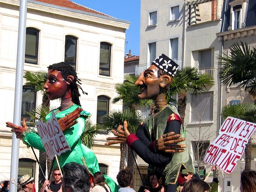Protesting puppets at the March 20th strike in Valence.