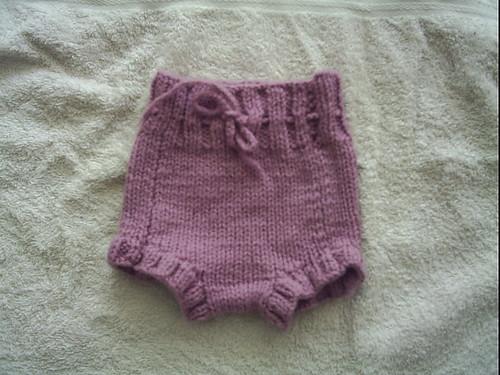 Aprender a tejer: cubierta de lana para el pañal | La casita de Irene
