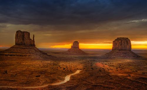 Skyline by Wolfgang Staudt