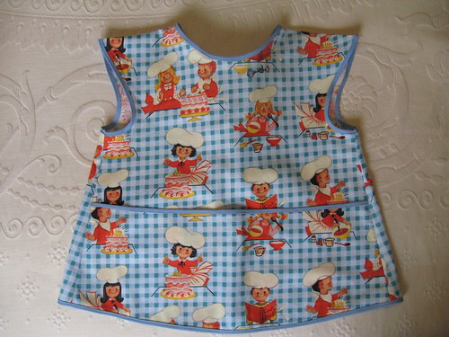 Apron for Alice - Simplicity 4286 view D by you.