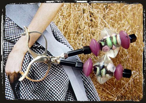 orecchini fiore nero viola - Flower puple white earrings IBVINE