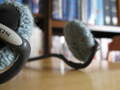 knitted headphone covers