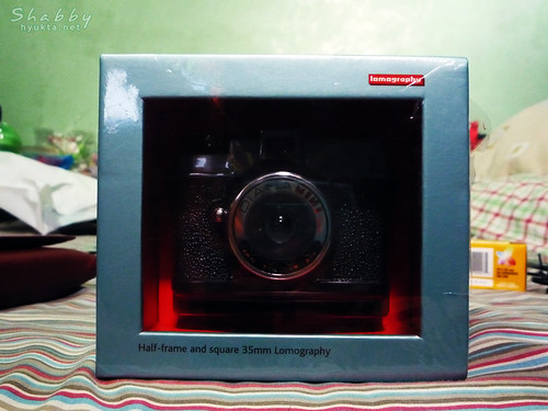 Diani Mini in its box
