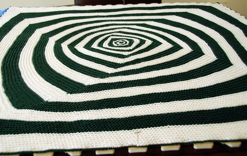 Baby OpArt Blanket - Blocking