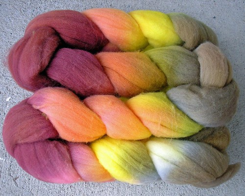 Shady Fibers merino roving Blush