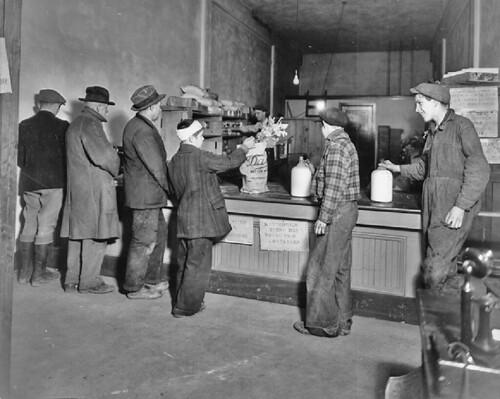 Georgetown relief depot, 1932
