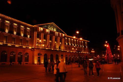 Fachada del Palacio de Navarra desde la Avenida de Carlos III