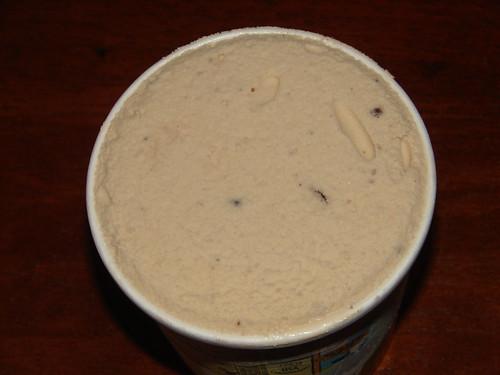 Ben & Jerry's Volun-Tiramisu