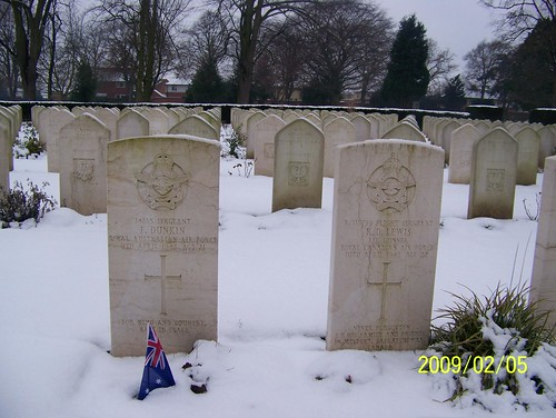 Many Commonwealth helped like Australia,  and other Nations are buried from the 2nd World War at Newark Cemetery UK by friendsofnewarkcemetery.