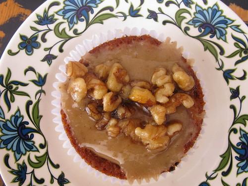 maple walnut cupcake