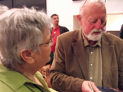 Roger Whittaker and fan, in Hamburg
