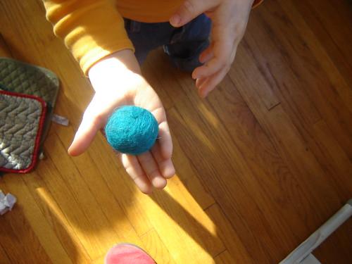 Knittykid's felt ball