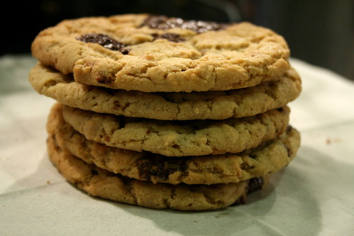 Dark chocolate peanut butter cookies © dan&tuesday