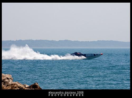 off-shore_08-58