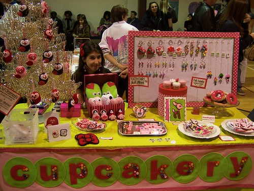 my valentine's day booth by thecupcakery girl.