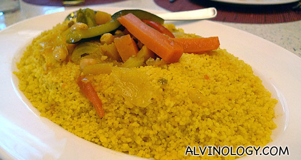 小米饭Couscous, to go with the fish