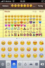 iPhone: Emoji Keyboard enabled