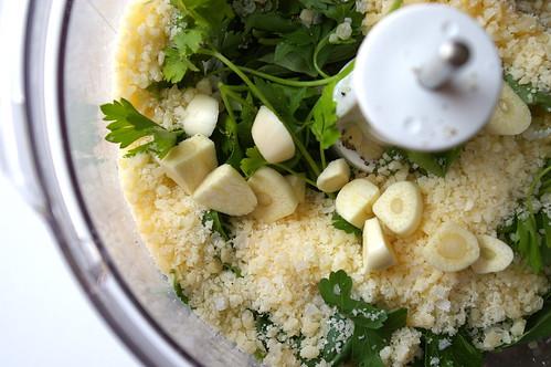 Pesto pre-blending